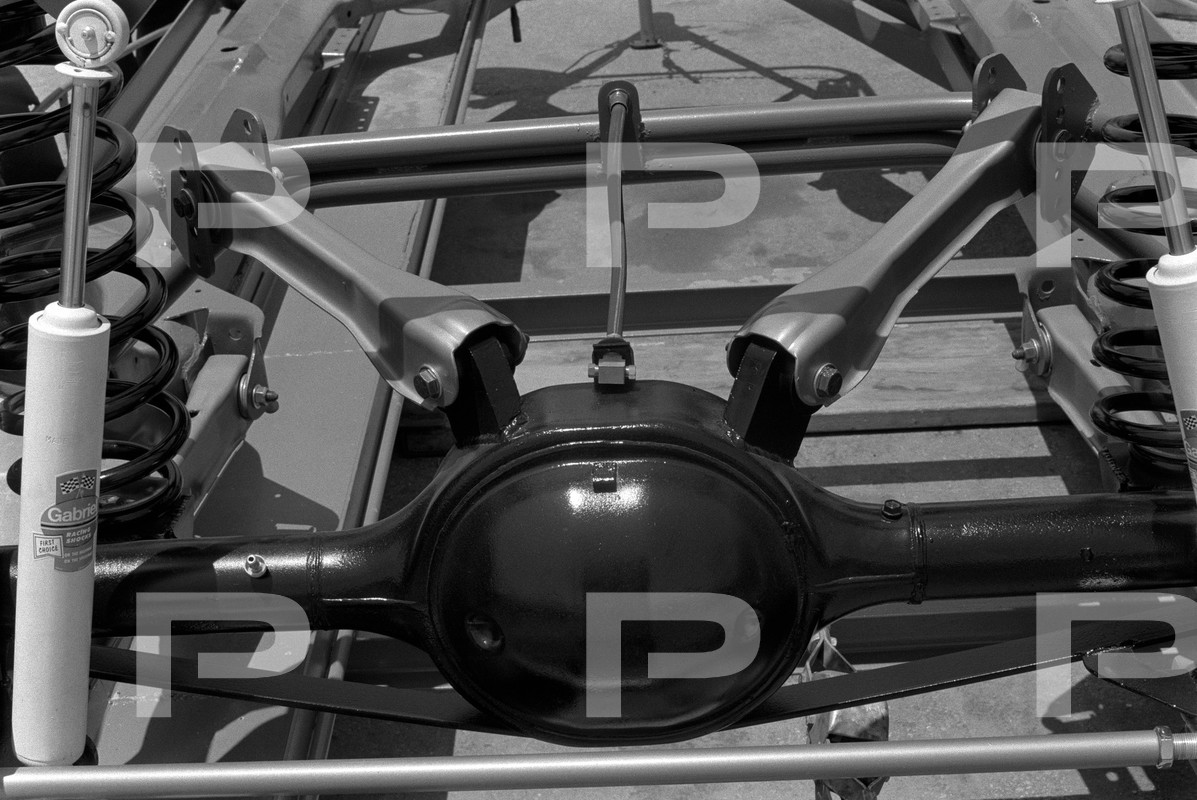1971 GM Nascar rear suspension.jpg