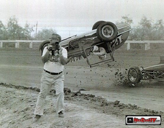 2368e33322b0b8d05ef4ff7f5e4375b0--dirt-track-car-crash.jpg