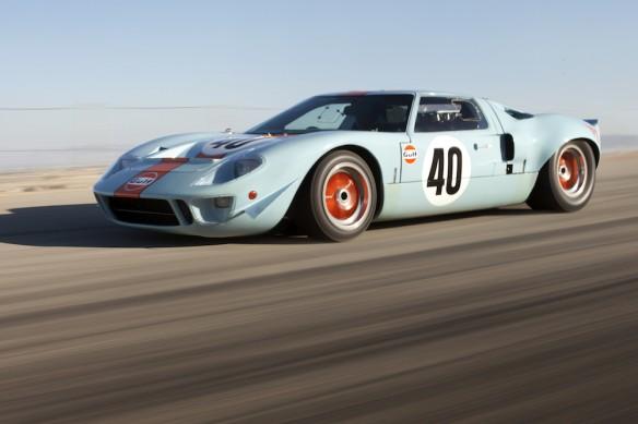 #40 GT40-2.jpg