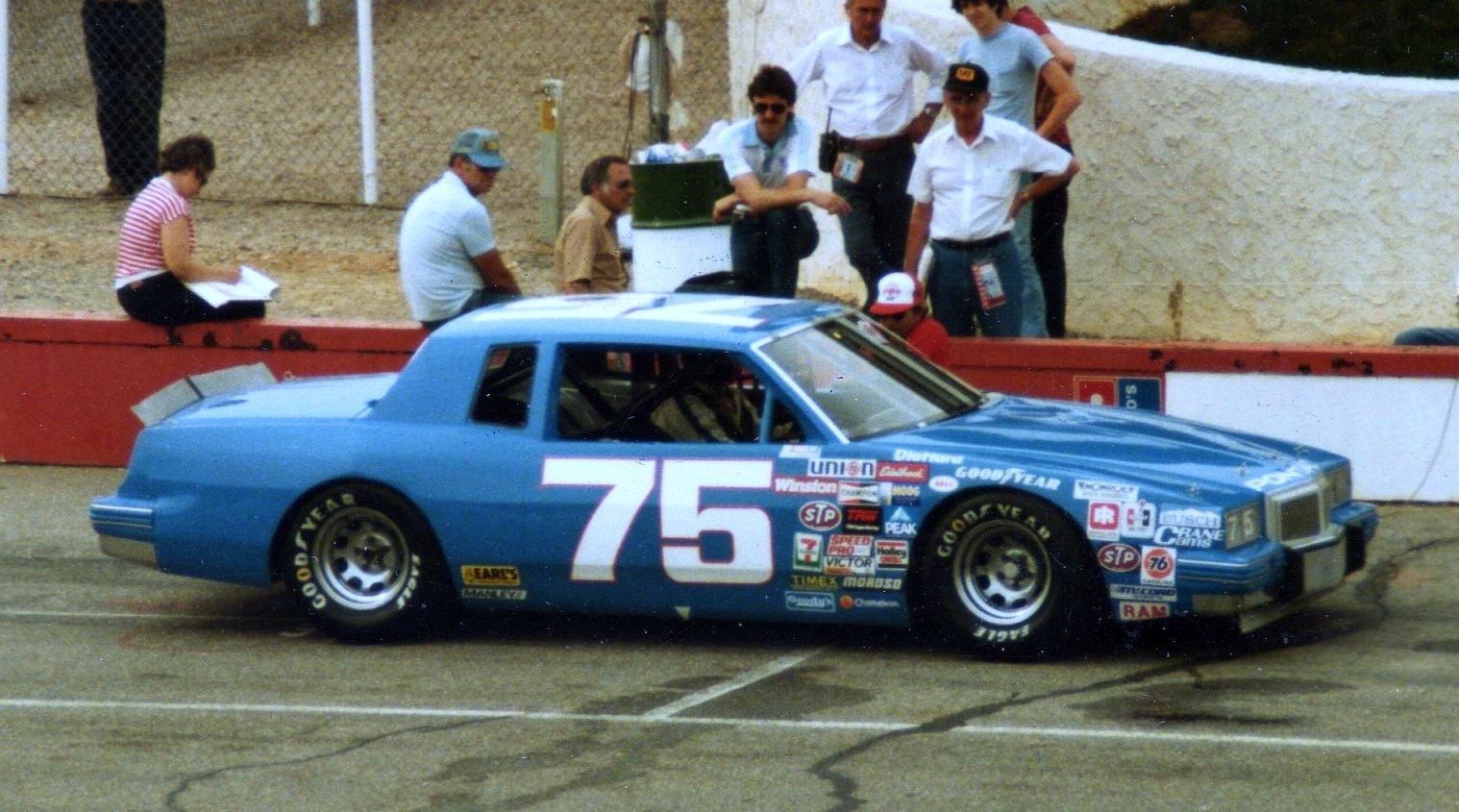 75-2 car.jpg
