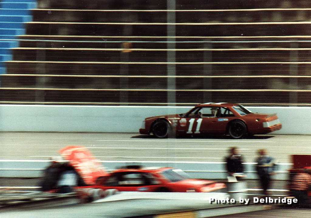 AutoroundyMartinsville1983LateModelSportsman11JackIngram0002a.jpeg
