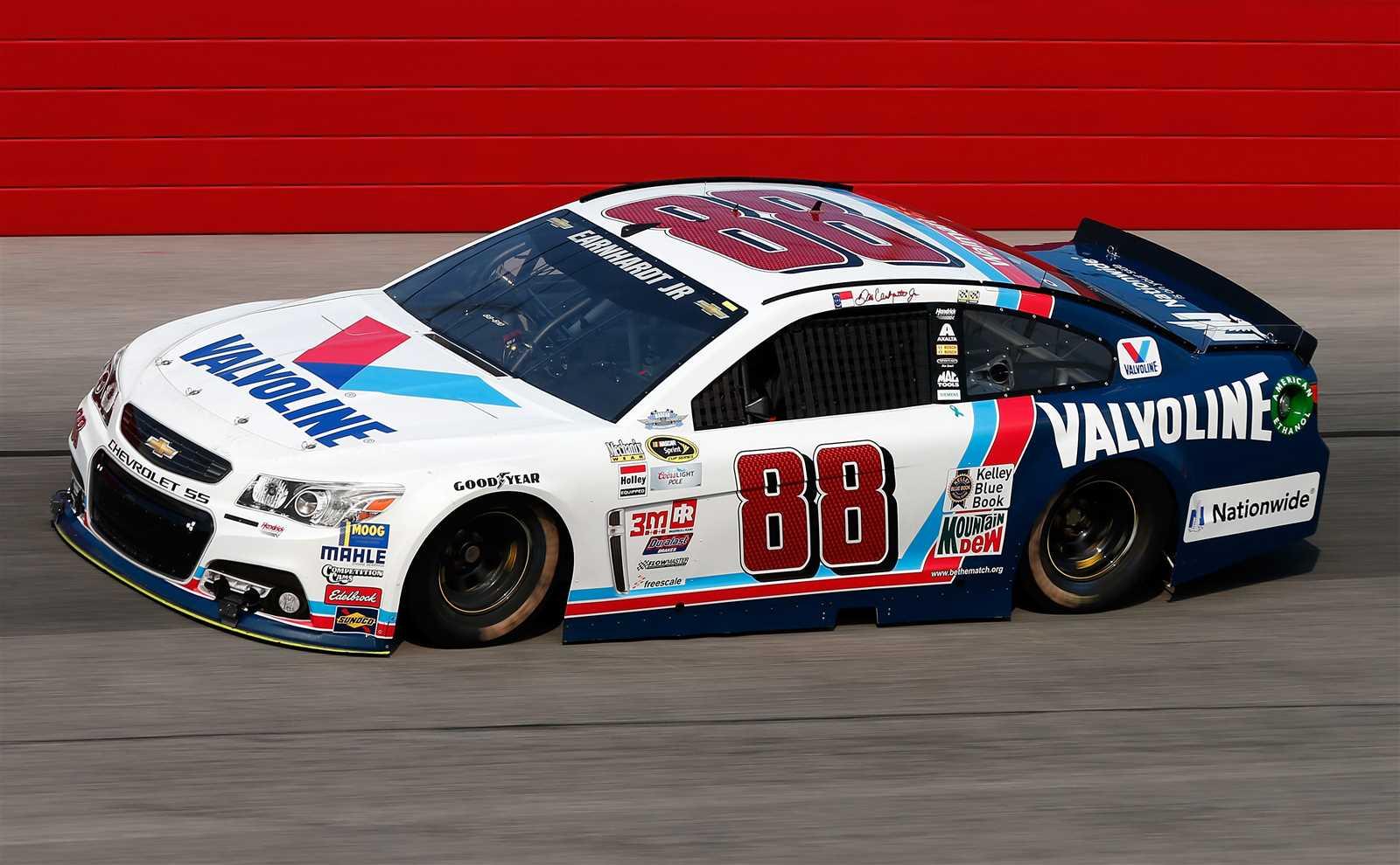Dale Earnhardt Jr.'s #88 Valvoline throwback Chevrolet.jpg