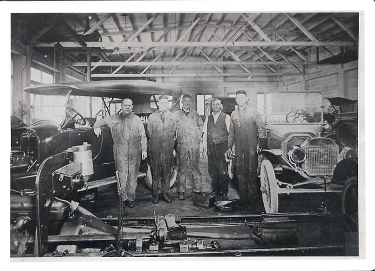 garage mechanics.jpg