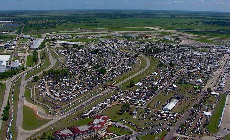 track-clinic-sebring-inline-photo-678603-s-original.jpg